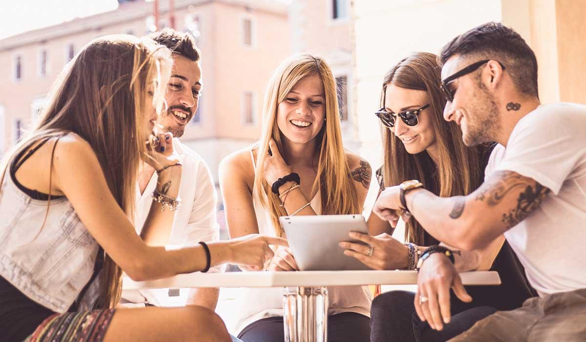 Comunicazione integrata: perfetta armonia tra online e offline